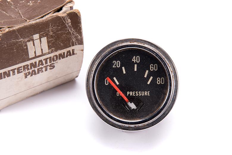 Oil Pressure Gauge - new old stock